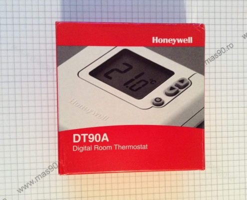 Termostat Honeywell DT90A 002